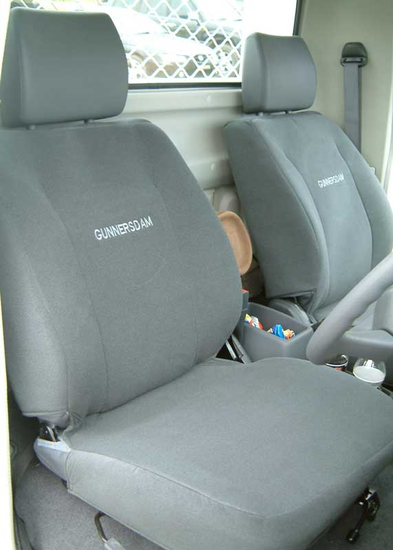 Ruffnuts seat cover for 4wd toyota landcruiser 2