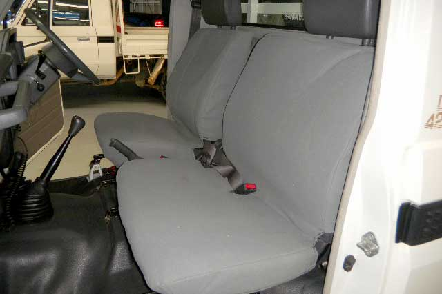 Tuffnuts canvas seat cover for toyota landcruiser HZJ 4WD